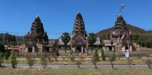 タイ チェンライーチェンマイ クメール遺跡