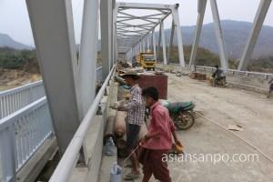 ミャンマー カレイワ チンドゥイン川