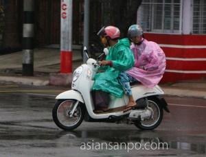 ミャンマー マンダレー 雨