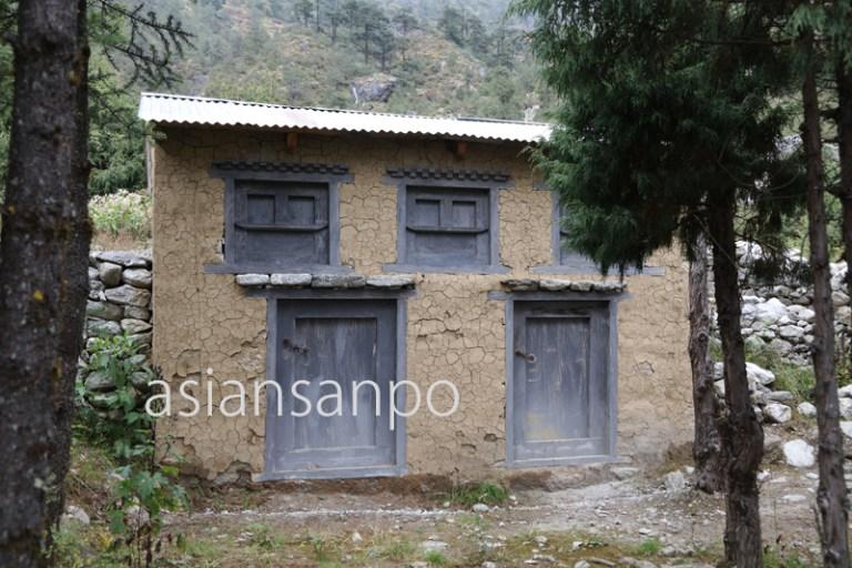 ネパール エベレスト街道 クンデ 病院