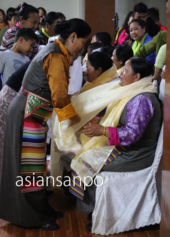 ネパール カトマンズ シェルパ族 集い