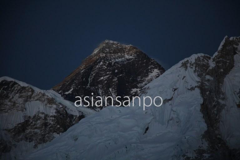 ネパール エベレスト 夕焼け カラパタール