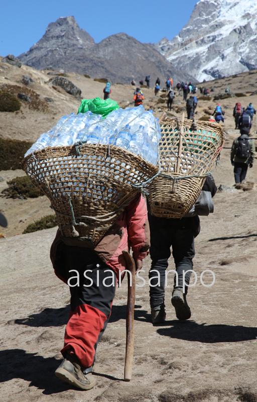 ネパール エベレスト街道  ポーター