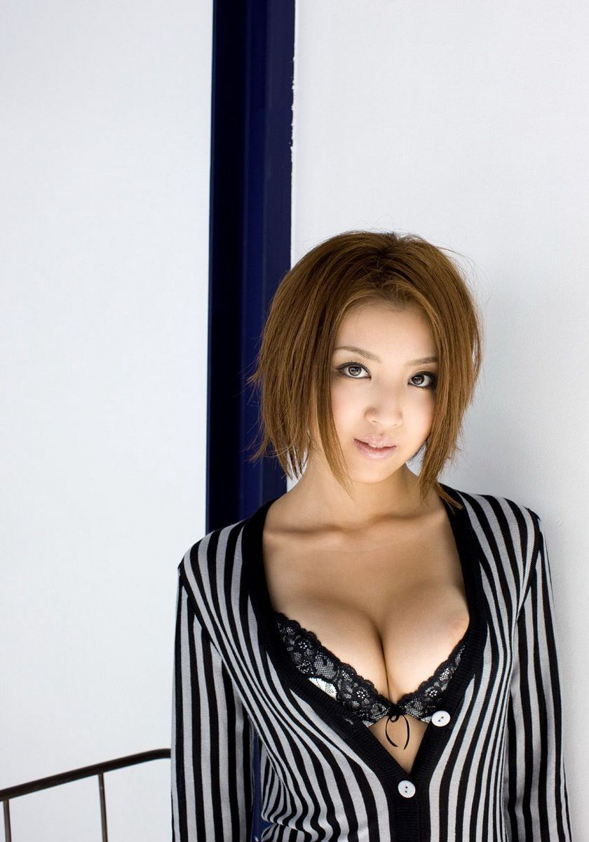 Very Beautiful Asian Babe With Amazing Boobs Asian