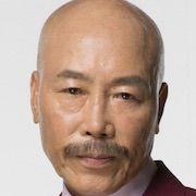 Yong-Pal-Song Kyung-Cheol.jpg