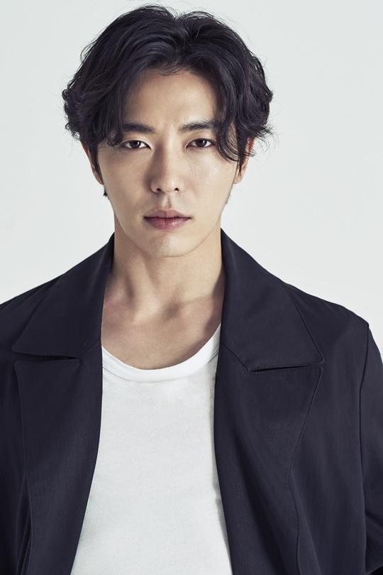 Kim Jae-Wook-p6.jpg