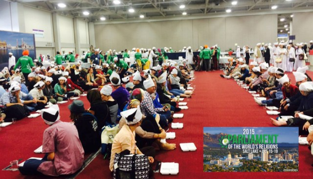 Someone shared this photo with the Facebook page of the event, with this message: Thank you to the Sikh community for hosting this wonderful lunch experience! Langar style lunch, served to all, no division of social status/caste, gender, or faith.