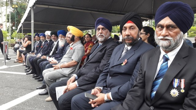 Retired Sikh from the Malaysian armed forces and representatives of CMSO seated in the front row at the Remembrance Day service in Kuala Lumpur on 8 Nov 2015. Also present were retire policemen. (R-L) are ASP (Rt) Saran Singh and Sub-Inspector (Rt) Gurdial Singh - PHOTO ASIA SAMACHAR