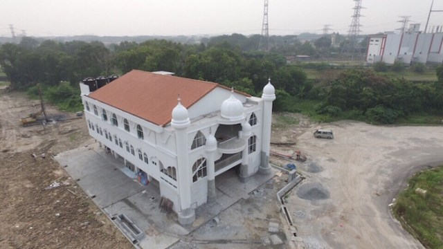 The new gurdwara at Shah Alam towards the end of its construction. It will be opened on 11 Dec 2015.