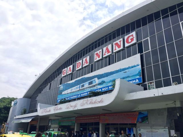 Hai Van Mountain Pass - Da Nang station