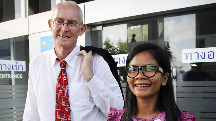 Alan Morison, former editor of the Phuketwan website, and Thai reporter Chutima Sidasathien. Photo: EPA.