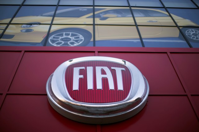 The Fiat logo is pictured at a car dealership at Motor Village in Los Angeles, California. Photo: Reuters/Mario Anzuoni