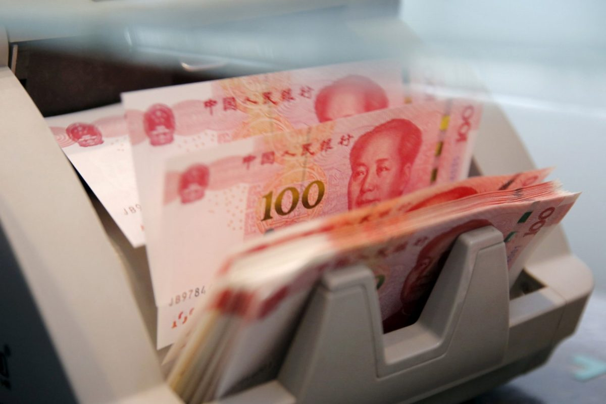 Chinese banks extended 1.22 trillion yuan ($181 billion) in net new yuan loans in September, well above analysts' expectations. Photo: Reuters