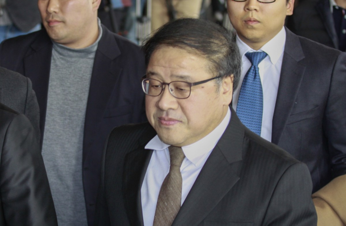 An Chong-bum, former senior presidential secretary for policy coordination, arrives at the Seoul Central District Prosecutors' Office. Photo: Agence France-Press via Nur Photo/Seung-il