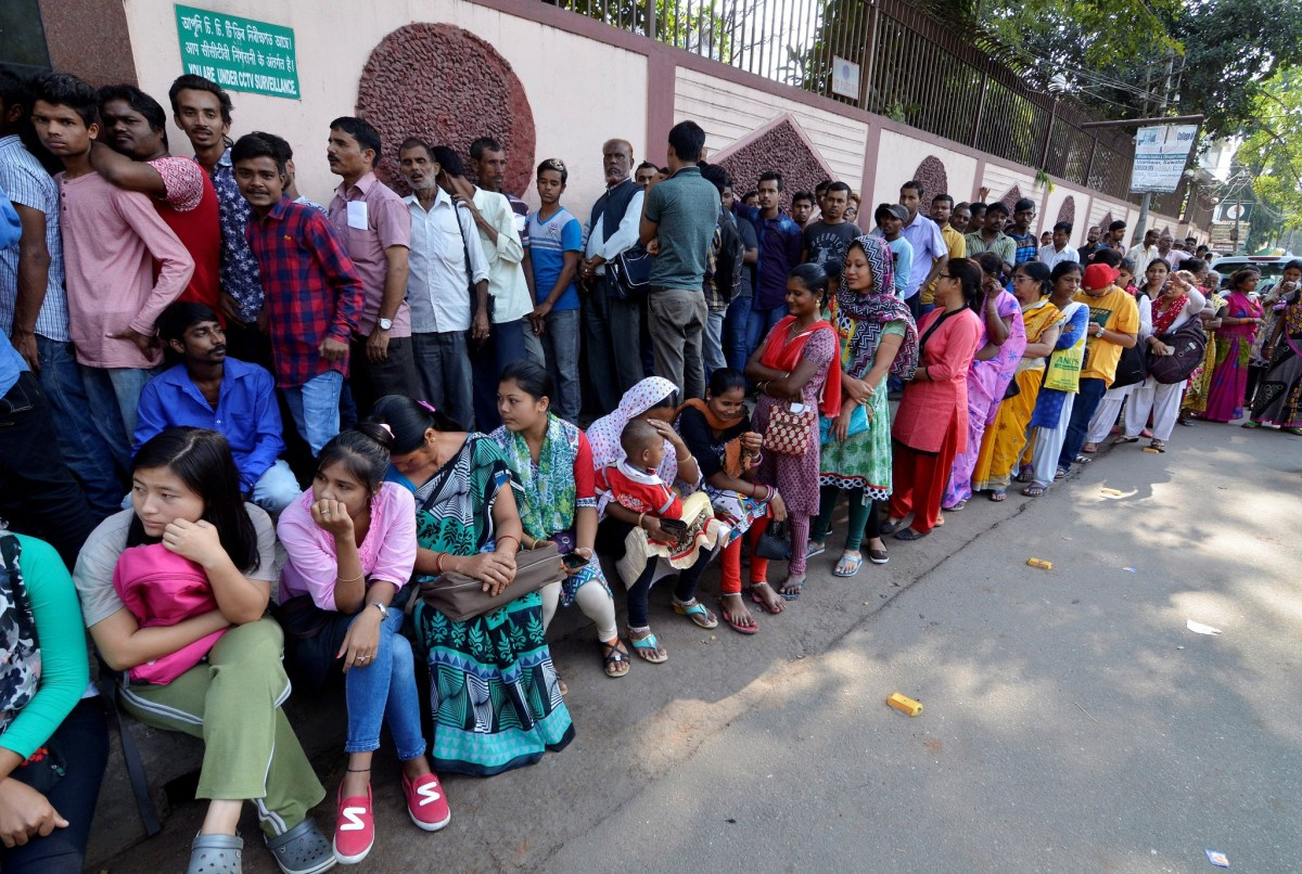People continue to queue to exchange and deposit their old high denomination Indian banknotes. Photo: Reuters/Anuwar Hazarika