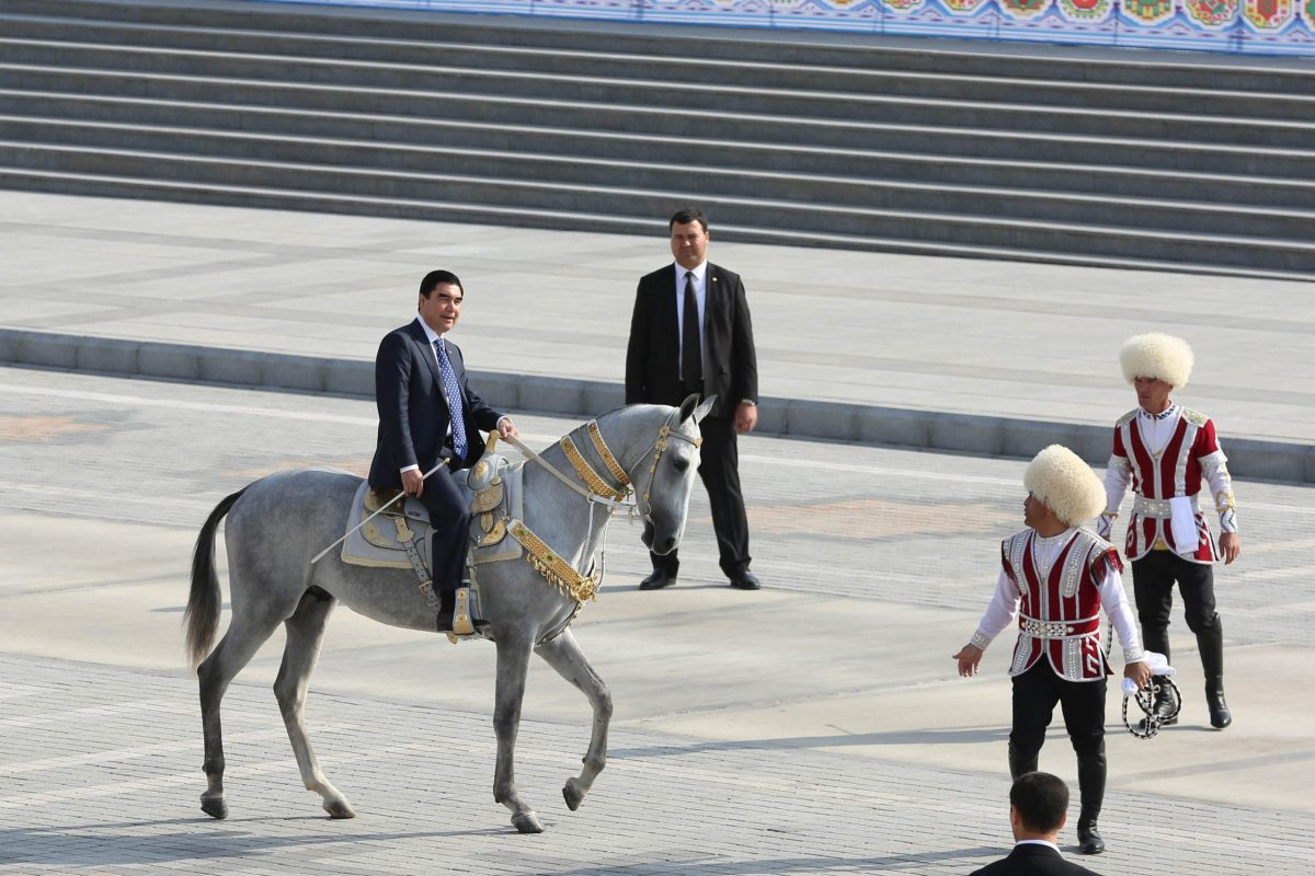President of Turkmenistan Gurbanguly Berdimuhamedow on horseback during the official parade held for the 25th anniversary of Turkmenistan's Independence in Ashgabat, Turkmenistan on October 27, 2016. Photo: AFP/Baris Oral/ Anadolu Agency