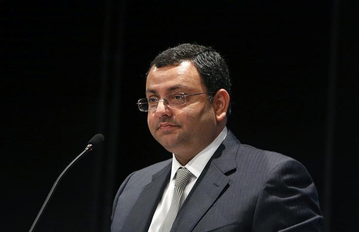 Tata Group Chairman Cyrus Mistry speaks to shareholders during the Tata Consultancy Services (TCS) annual general meeting in Mumbai, India June 28, 2013. REUTERS/Vivek Prakash/File Photo