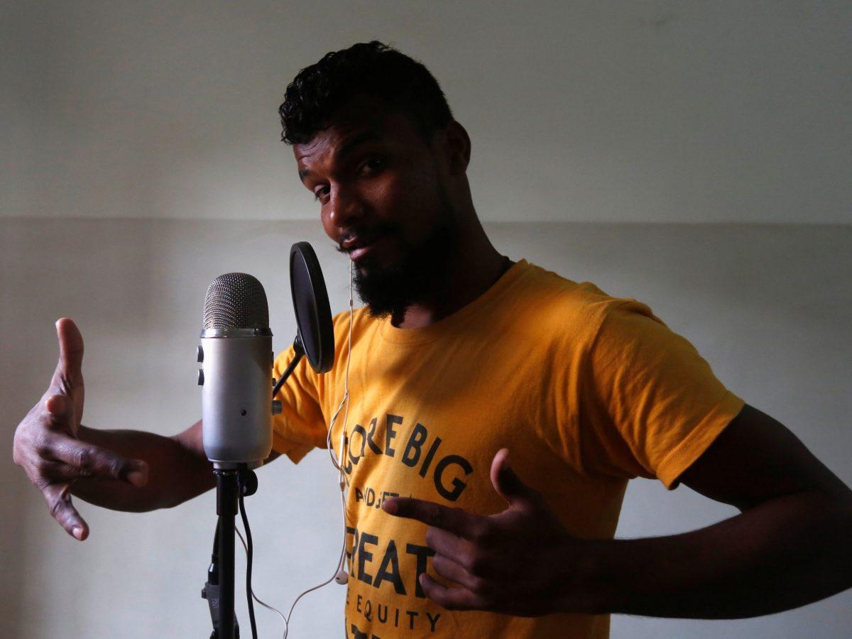 Pakistan's Lyari UnderGround rapper, Slipknot Denna, strikes a pose. Photo: Reuters/Akhtar Soomro
