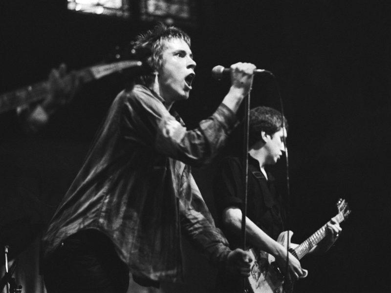 Sex Pistols perform in Paradiso, Amsterdam, Jan. 1977. Photo: Wikimedia Commons