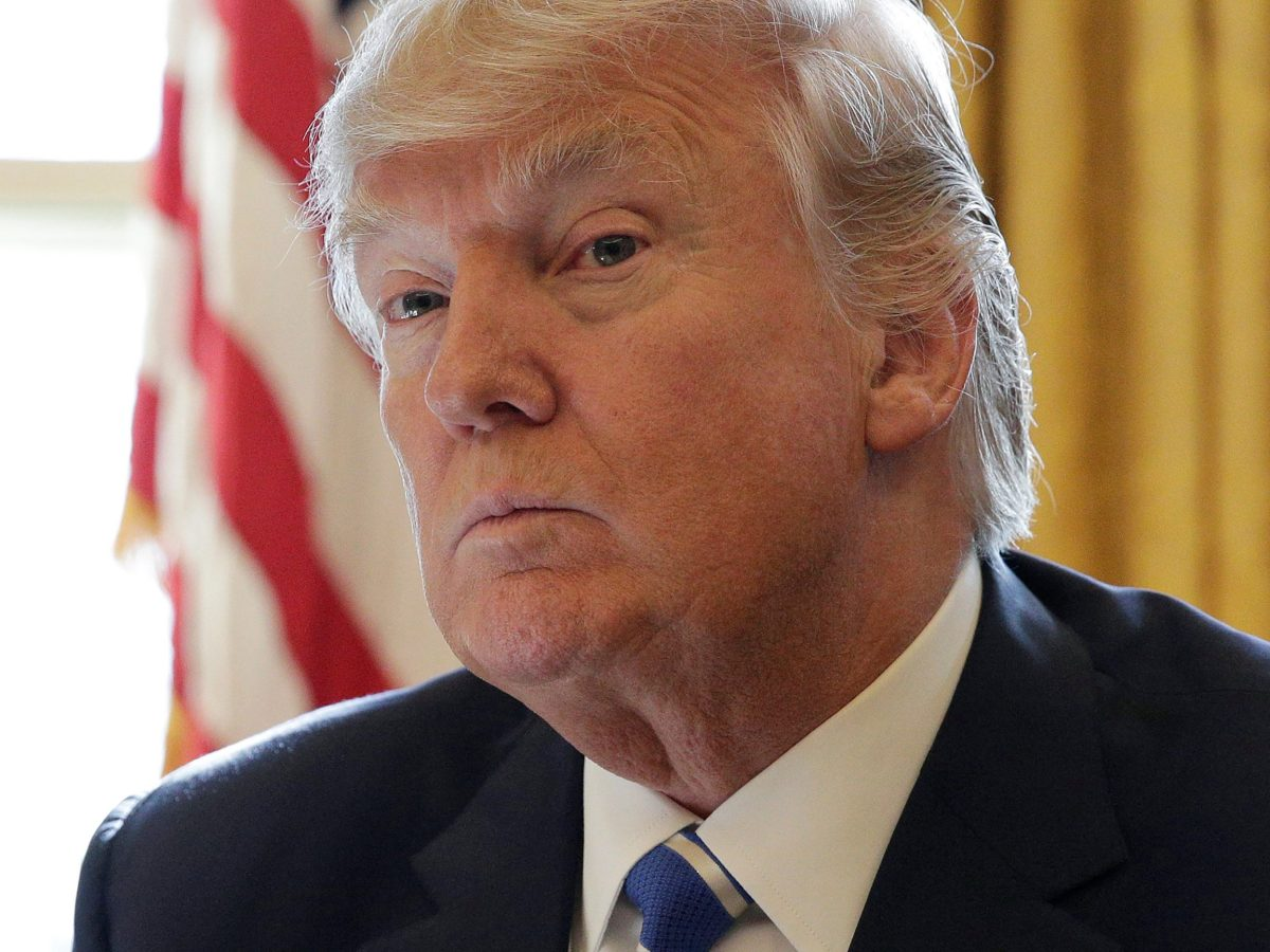 US President Donald Trump met with military advisers to discuss response to North Korea's nuclear bomb test on September 3, 2017. Photo: Reuters