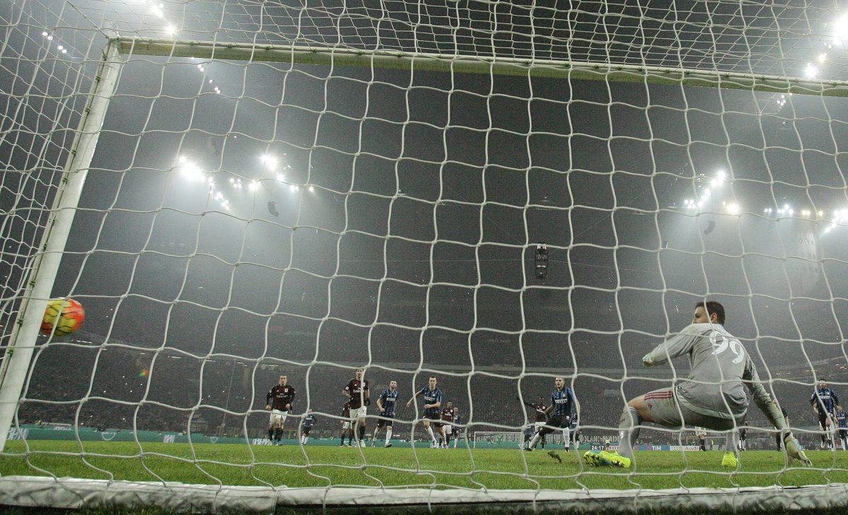 AC Milan v Inter Milan at Milan's San Siro Stadium. Photo: Reuters/Alessandro Garofalo