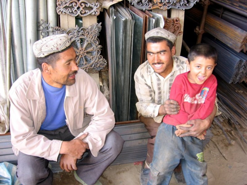 Uyghur people are seen at a sunday market in Hotan City in southern Xinjiang Uygur Autonomous Region. Photo: Wikipedia Commons.