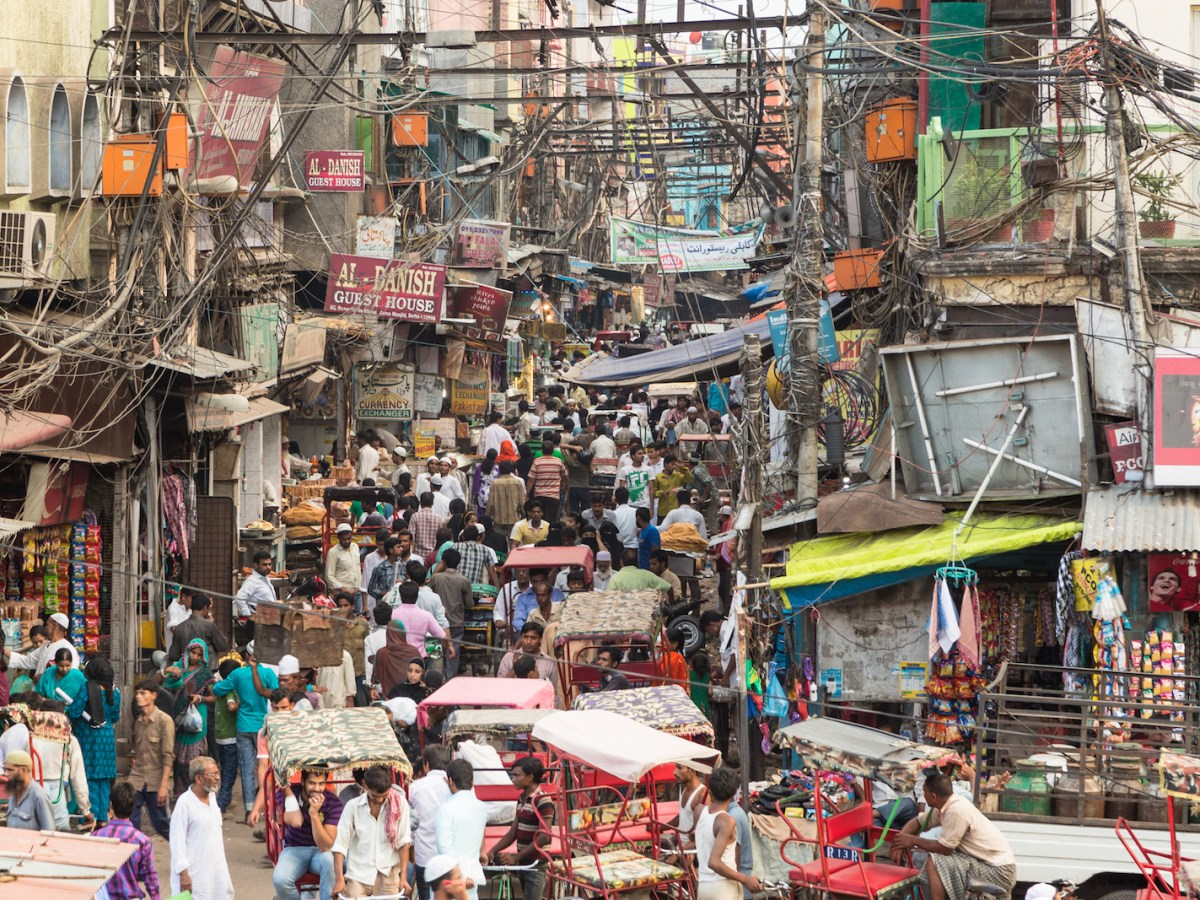 Traffic moves slowly in the crowded streets of Old Delhi in this photo taken on September 7, 2014. Photo: iStock