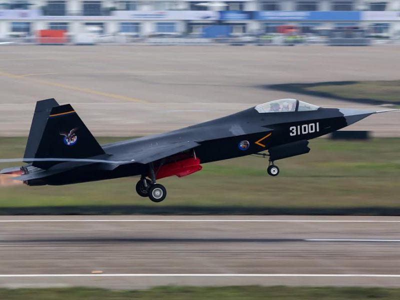 Chinese J-31 stealth fighter. Photo: Wikipedia