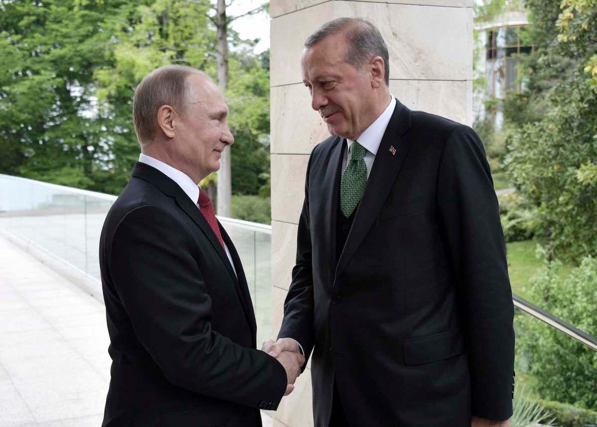 Presidents Vladimir Putin and Tayyip Erdogan meet in Sochi, Russia, on May 3, 2017. Photo: Sputnik/Alexei Nikolsky/Kremlin via Reuters