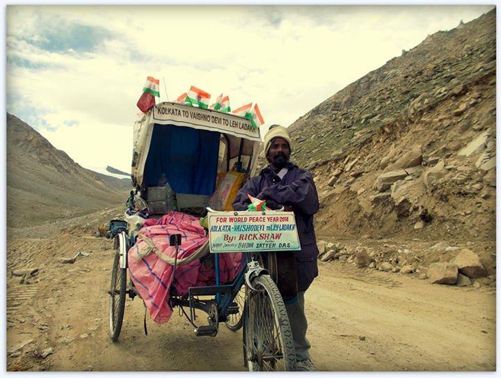 Satyen Das at Khardungla Pass in India. Photo: Satyan Das