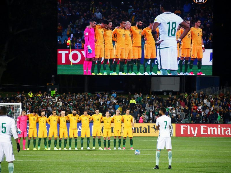 The Australian team stand together to observe a minute's silence for victims of the London attacks, in which two Australians died.  Reuters/David Gray