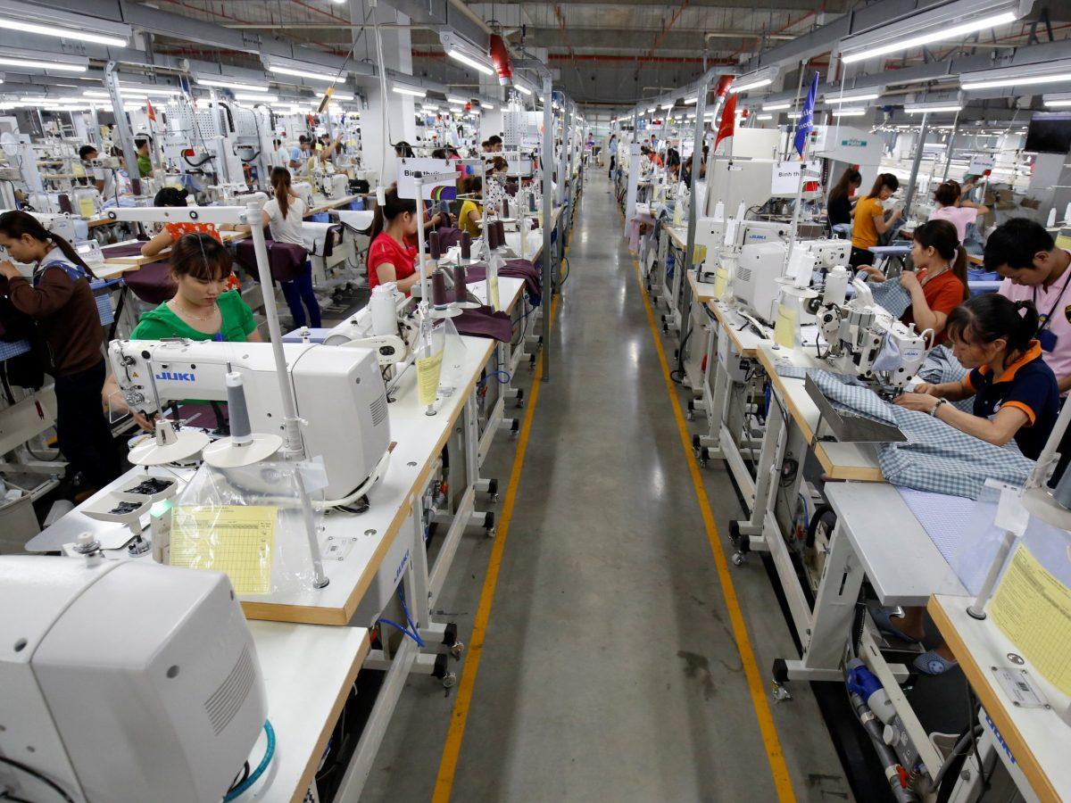 Laborers work at TAL garment factory in Vinh Phuc province. Photo: Reuters/Kham