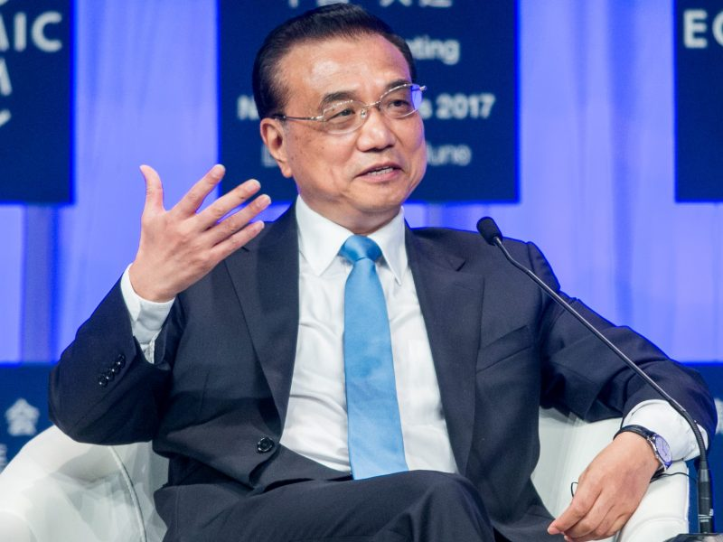 Premier Li Keqiang makes a point at Summer Davos. Photo: World Economic Forum/Benedikt von Loebell via Flickr