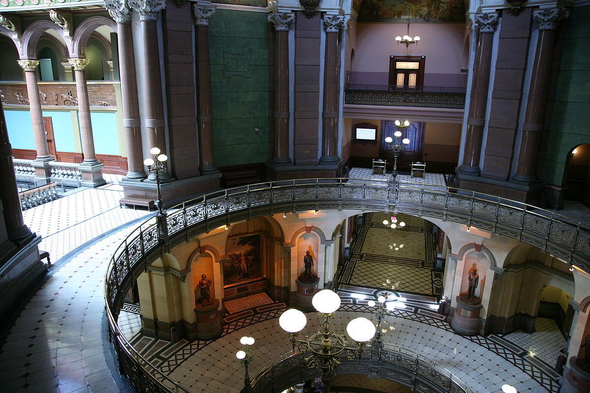 Illinois State Capitol interior. Photo: Wikipedia Commons