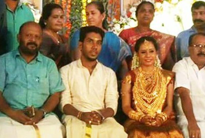 Gita Gopi's daughter's wedding at Sree Krishna temple in Guruvayoor on Sunday. Photo: Hindustan Times