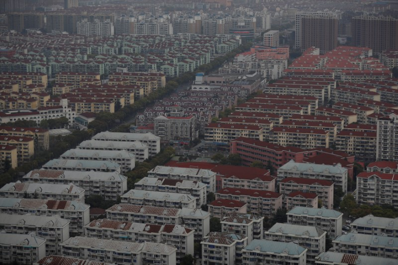 This general view taken on April 4, 2017, shows a residential area in Pudong district in Shanghai. Photo: Reuters.
