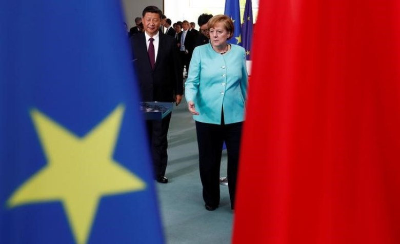 German Chancellor Angela Merkel and Chinese President Xi Jinping attend a contract signing ceremony at the Chancellery in Berlin, Germany, July 5, 2017. Photo: Reuters / Fabrizio Bensch