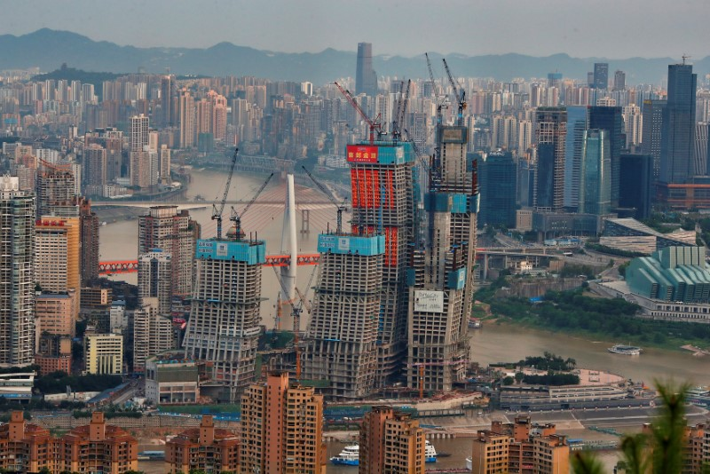 A shopping mall under construction in Chongqing, China. Photo: Reuters/Stringer