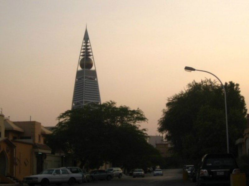 A sunset in Riyadh: a maid returned to Jakarta recently after working in Saudi Arabia for 22 years, allegedly without being paid. Photo: Wikimedia Commons.