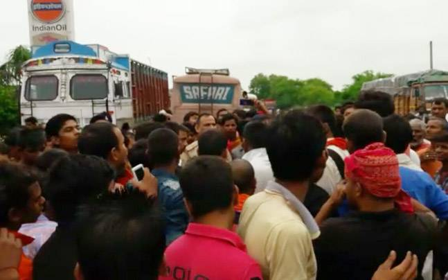 A truck allegedly transporting beef was confiscated by police in Bihar on Thursday. Photo: indiatoday