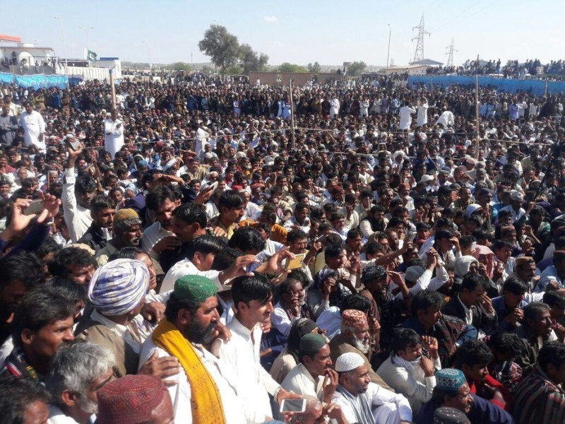 A massive protest against the Gorrano Dam on January 26, 2017 in Islamkot, Tharparkar. Photo: Bheem Raj/Thar Voice Forum
