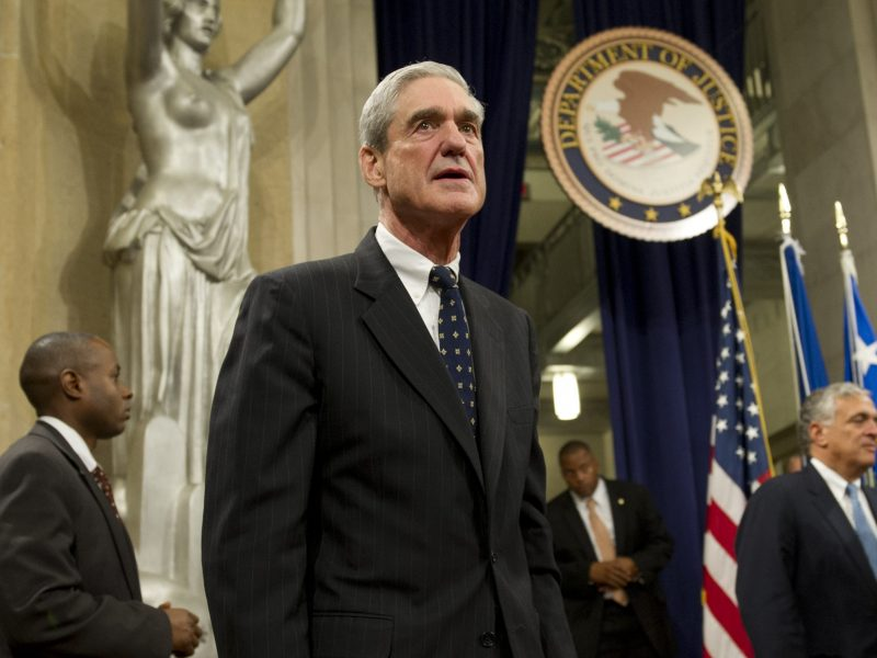 Robert Mueller attends a farewell ceremony in his honor at the US Department of Justice on August 1, 2013, on his retirement from Federal Bureau of Investigation. Photo: AFP / Saul Loeb