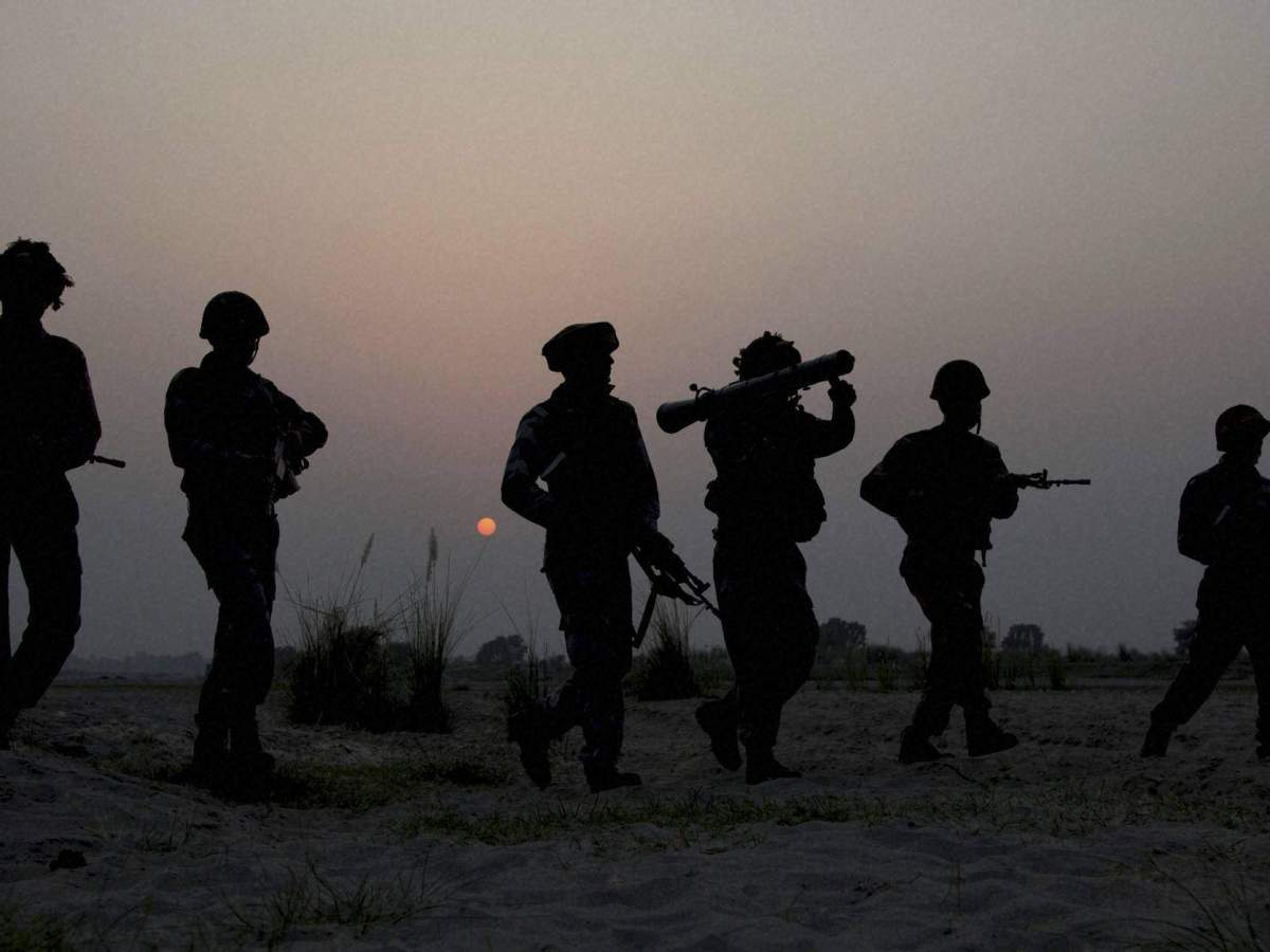Indian soldiers on patrol. Representational image: The New Indian Express