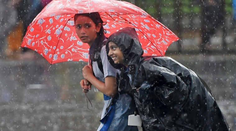 Heavy rain has been lashing Mumbai since Thursday. Photo: The Indian Express