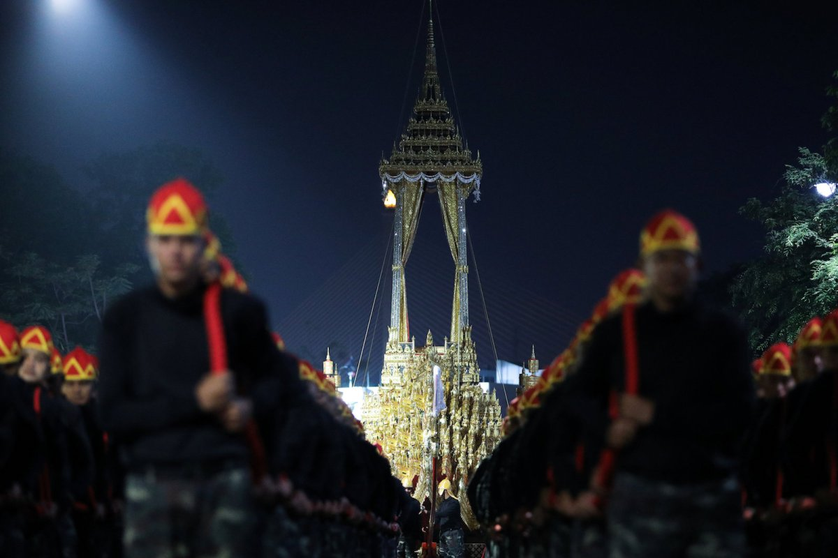 The Great Victory Royal Chariot is pulled during a funeral rehearsal for late Thailand's King Bhumibol Adulyadej near the Grand Palace in Bangkok, Thailand, October 15, 2017. Photo: Reuters/Athit Perawongmetha