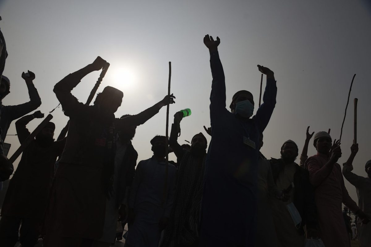 Sunni Muslims march during an anti-government rally in Islamabad on November 8, 2017. Photo: AFP / Farooq Naeem