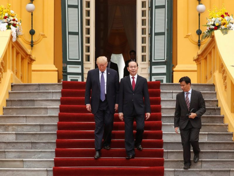 Vietnam's President Tran Dai Quang and US President Donald Trump prepare to address a joint news conference at the Presidential Palace in Hanoi, Vietnam on November 12, 2017. Photo: Reuters / Jonathan Ernst