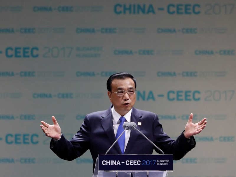Chinese Premier Li Keqiang attends the China-CEEC Economic and Trade Forum in Budapest, Hungary November 27, 2017. Photo: Reuters / Laszlo Balogh