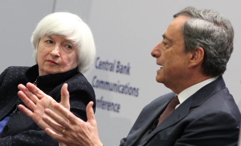 ECB President Mario Draghi and US Federal Reserve chief Janet Yellen attend an ECB conference in November. Photo: AFP / Daniel Roland