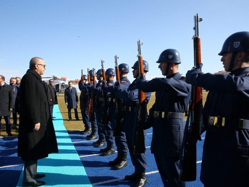 Turkish President Tayyip Erdogan reviews a guard of honour as he arrives at a meeting in Kutahya, Turkey, on January 20, 2018. Photo: Kayhan Ozer / Presidential Palace / Handout via Reuters